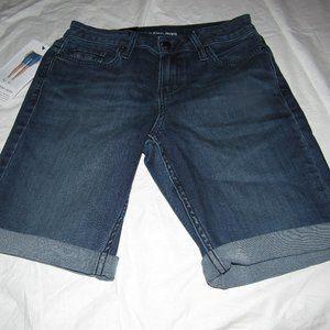 NWT CALVIN KLEIN Jeans City Short Shorts Size 2